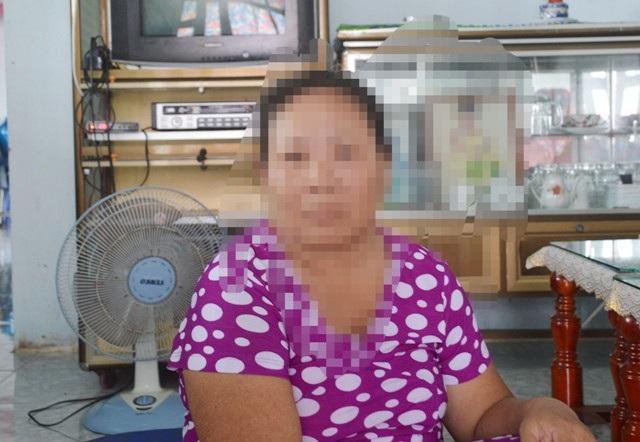 Bà L.T.Đ. (mẹ chị H.) đang nóng lòng muốn đưa con gái lấy chồng ở Trung Quốc trở về nhà.