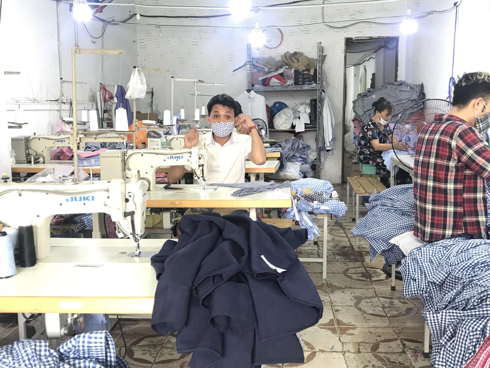 Các xưởng nhỏ hiện nay nhận được khá nhiều đơn hàng từ Trung Quốc, Hàn Quốc (ảnh minh hoạ)
