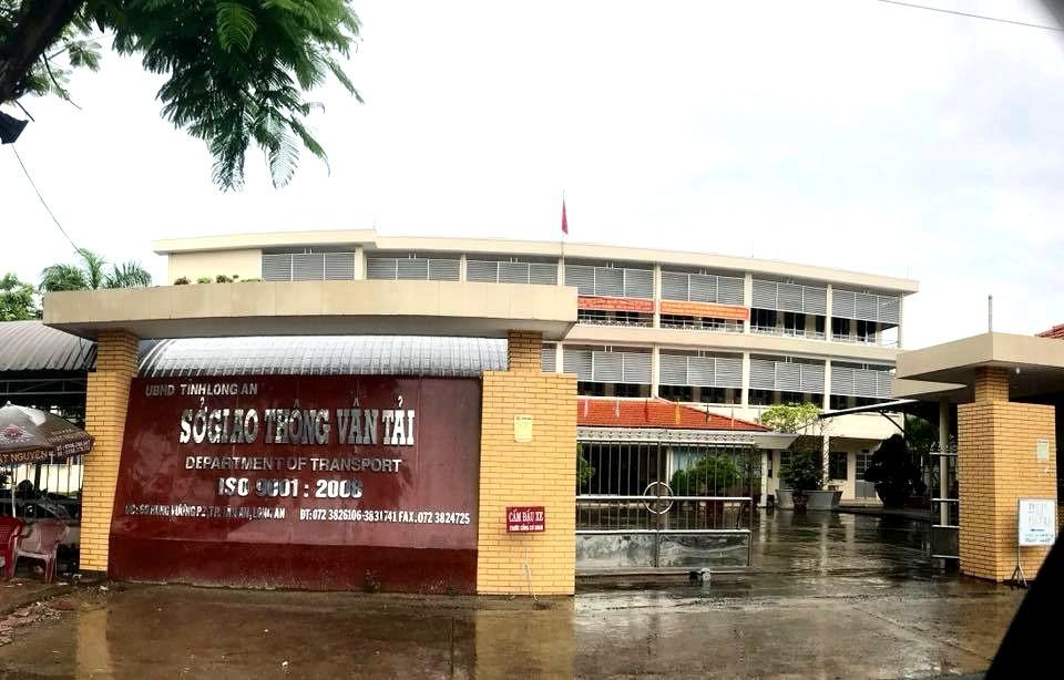 Chủ tịch UBND tỉnh Long An kiến nghị Ủy ban Kiểm tra Tỉnh ủy xử lý hành vi sai phạm của Giám đốc, Phó Giám đốc Sở GTVT thời kỳ 2007 - 2012.