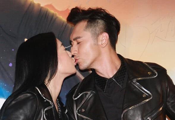Chung Lệ Đề cho biết, cô có cuộc hôn nhân viên mãn bên người chồng kém 12 tuổi.
