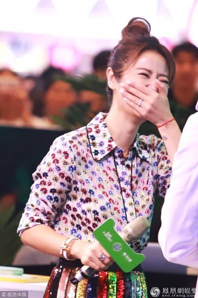 Lâm Tâm Như cho hay, với một phụ nữ việc duy trì lối sống lành mạnh, vui vẻ là bí quyết giúp họ trẻ trung hơn.