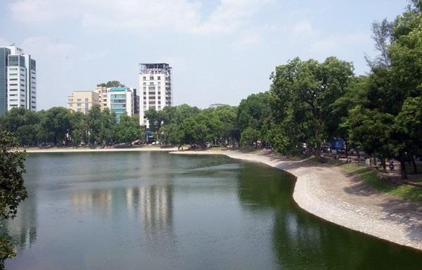 Hồ Hale (tên gọi khác là Hồ Thiền Quang, Hà Nội) - nơi có thông tin cô H.M tự tử.