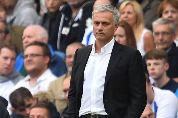 Mourinho bất lực trong việc hướng MU tới sự ổn định