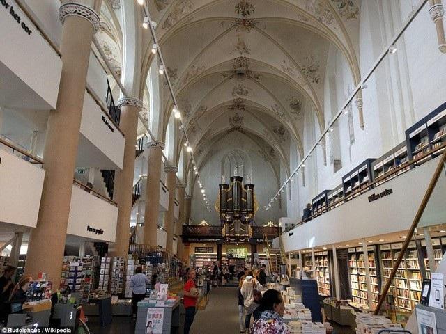 Hiệu sách Waanders In de Broeren. (Ảnh: Wikipedia)