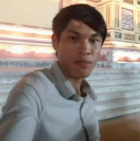 Đối tượng Nguyễn Văn Hiếu vừa bị công an bắt khẩn cấp.