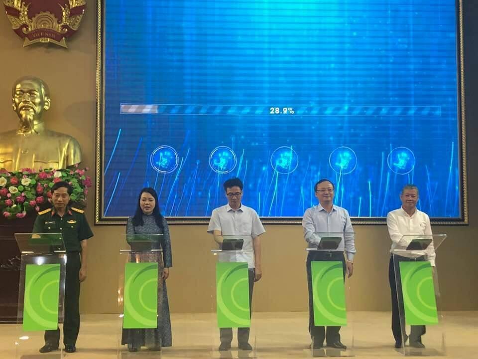 """Bộ trưởng Y tế: Việt Nam sẽ """"chia tay"""" hình ảnh mua thuốc dễ như mua rau - Ảnh 1."""