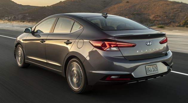 Hyundai nâng cấp Elantra, thêm nhiều trang bị - 2