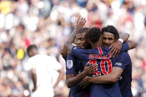 Tam sát của PSG, Mbappe, Neymar, Cavavi mỗi người ghi 1 bàn thắng
