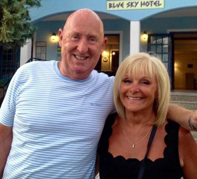 Hai vợ chồng du khách người Anh vẫn khỏe mạnh trước chuyến du lịch, nhưng đã bất ngờ tử vong khi tới Ai Cập du lịch