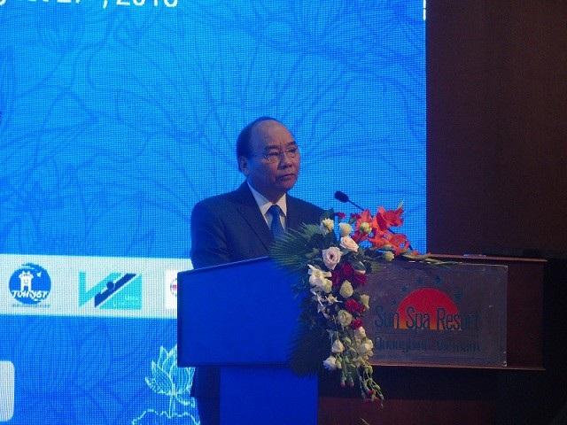 Thủ tướng Chính phủ Nguyễn Xuân Phúc phát biểu chỉ đạo tại hội nghị