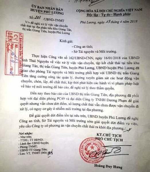 Thái Nguyên: Hàng trăm tấn chất thải nguy hại trắng trợn đổ trộm vào nhà dân! - Ảnh 1.