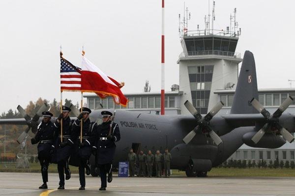 Binh sĩ Mỹ tại Ba Lan (Ảnh minh họa: Reuters)