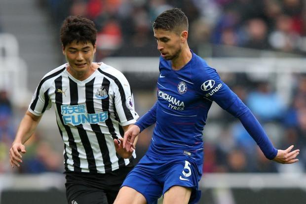 Jorginho đặt dấu ấn trong vai trò nhạc trưởng Chelsea