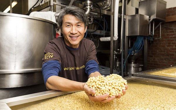 Việt kiều Mỹ thu về 15 triệu USD/năm từ sản xuất đậu phụ - 1