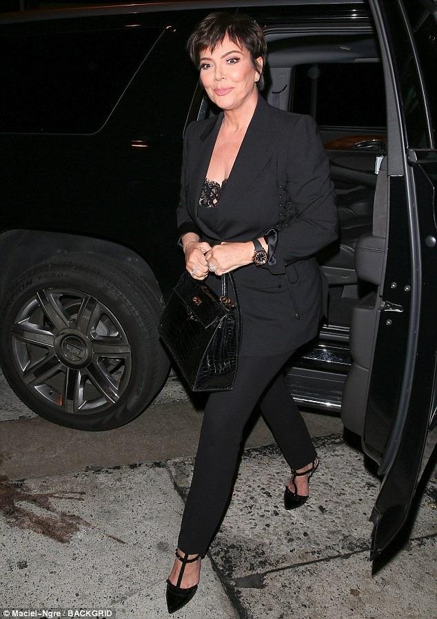 Kris Jenner mới nối lại quan hệ tình cảm với bồ trẻ Corey Gamble sau ít tháng xa cách