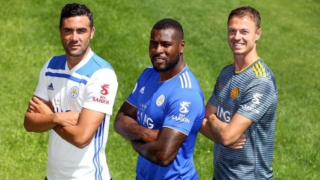 Thương hiệu Bia Sài Gòn được in trên áo đấu câu lạc bộ Leicester City, giải Ngoại hạng Anh nhờ mối quan hệ của các tỷ phú Thái Lan.