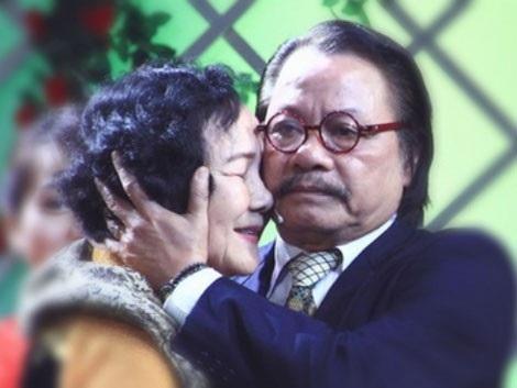 Bức ảnh kỷ niệm mà NSƯT Đức Lưu luôn trân trọng gìn giữ khi gặp lại Chí Phèo Bùi Cường.