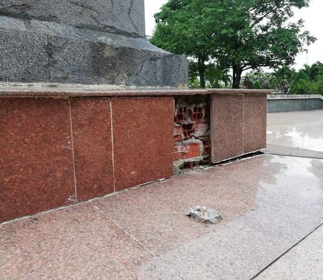 Một phần tượng đài nữ anh hùng liệt sĩ Lê Thị Riêng xuống cấp tại Bạc Liêu! - Ảnh 8.