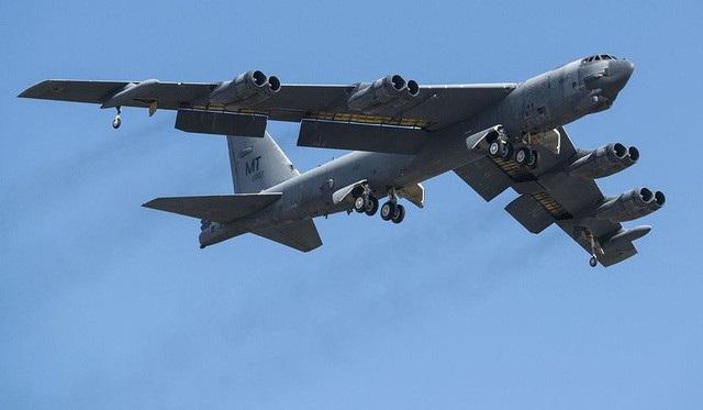 Máy bay ném bom B-52 của Mỹ (Ảnh: AFP)