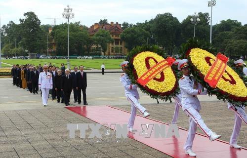 Lãnh đạo Đảng, Nhà nước vào Lăng viếng Chủ tịch Hồ Chí Minh - 2