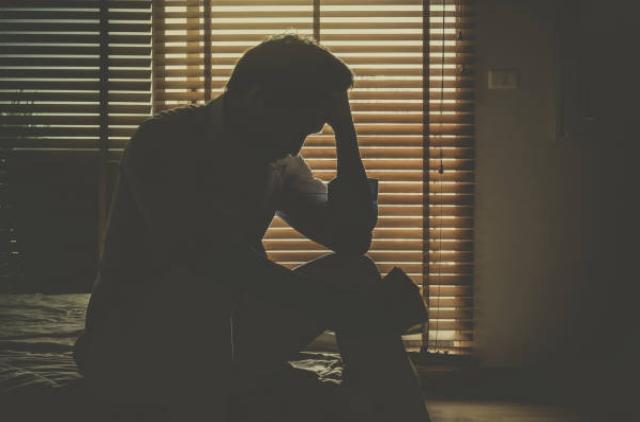 Chồng chết lặng khi nghe vợ hân hoan thông báo có thai - 1