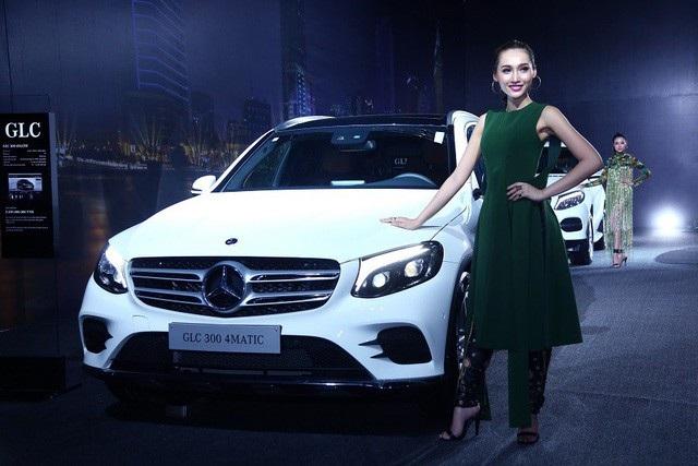 Mercedes-Benz mở rộng triệu hồi mẫu GLC