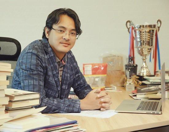 Chủ tịch Yeah1, ông Nguyễn Ảnh Nhượng Tống trở thành đại gia nghìn tỷ sau khi đưa cổ phiếu Yeah1 lên sàn (ảnh: NĐT)