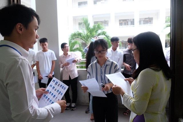 Thí sinh dự thi THPT quốc gia 2018 tại Đà Nẵng