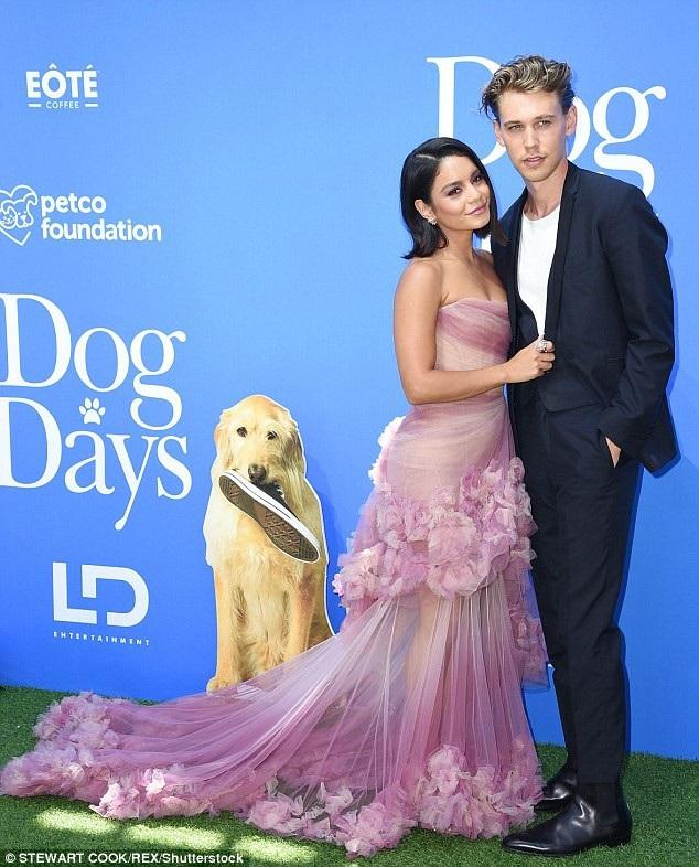 Nữ diễn viên 30 tuổi dự sự kiện cùng bạn trai Austin Butler
