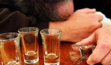 WHO cho rằng tỉ lệ sử dụng bia rượu của Việt Nam là nhiều hơn các quốc gia trong khu vực.