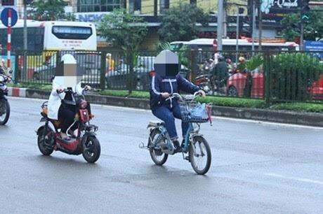 Xe đạp diện đang được coi như xe thô sơ, nhưng việc sử dụng gây ra nhiều tai nạn nên yêu cầu cần siết chặt