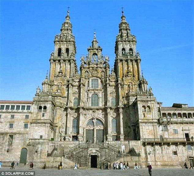 Thánh đường Santiago de Compostela.