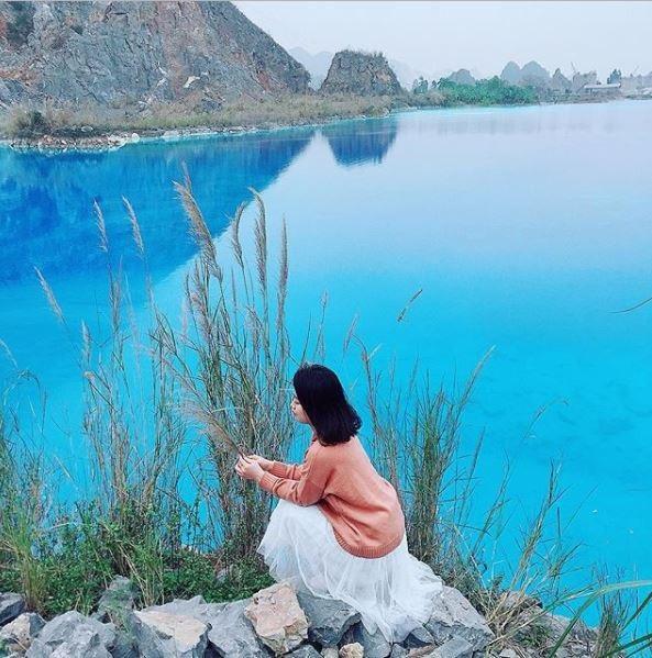 Hồ nước có màu xanh ngọc rộng khoảng 10ha ở xã An Sơn (Hải Phòng). Ảnh: @_quynh511_