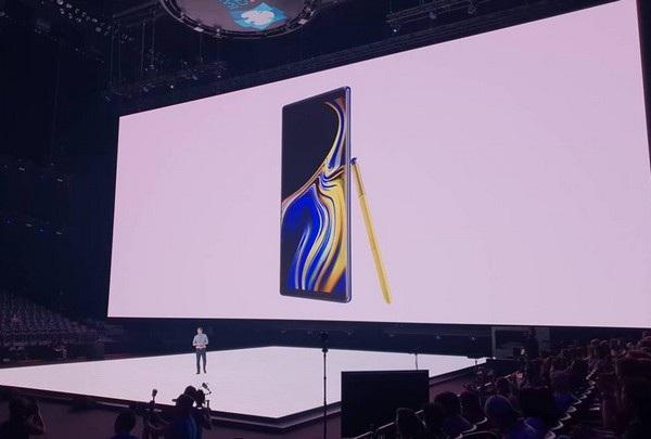 """Galaxy Note9 ra mắt với pin """"khủng"""", cây viết S-Pen có thể chụp ảnh selfie - 4"""