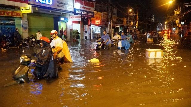 TPHCM cần hàng chục ngàn tỷ đồng để hoàn thiện các dự án chống ngập theo quy hoạch (ảnh Trương Nhân)