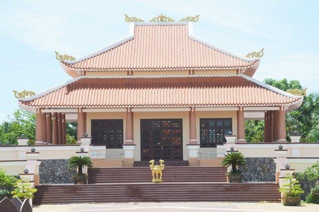 Đền thờ Bác Hồ ở huyện Cù Lao Dung, tỉnh Sóc Trăng.