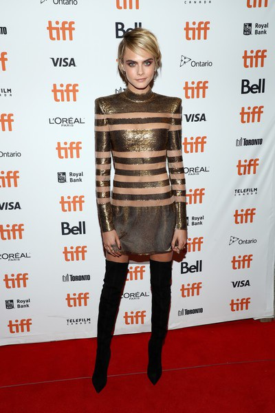 Cara Delevingne hiện rất đam mê phim ảnh và cô ít trình diễn thời trang
