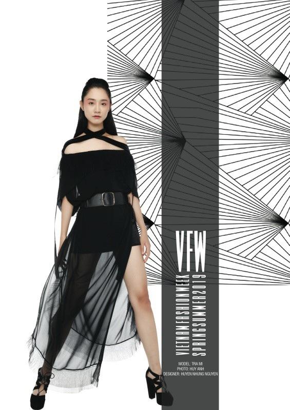 Trang phục của NTK Huyền Nhung Nguyễn.