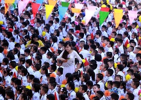 Lễ khai giảng tại ngôi trường có hơn 1000 học sinh lớp 1. (Ảnh: VOV)