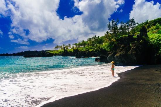 Du ngoạn trên 10 hòn đảo đẹp nhất thế giới - 1