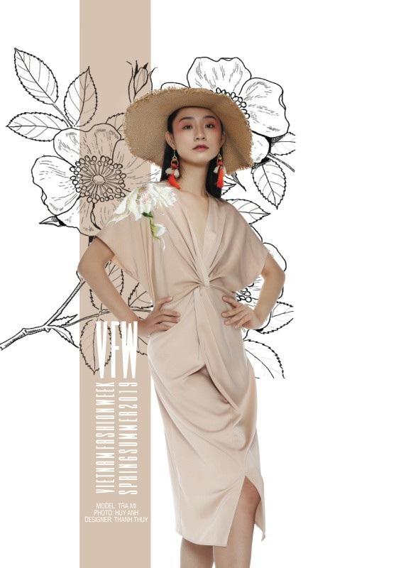 Trang phục của NTK Thanh Thuý.