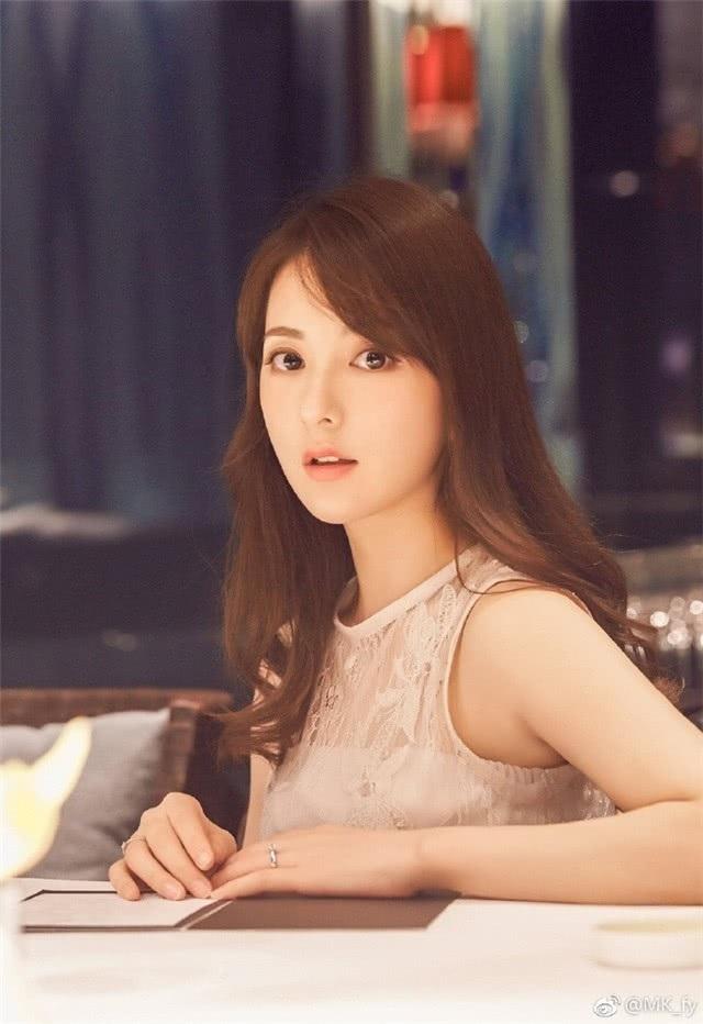 Sau khi kết hôn với Quách Phú Thành, Fan Yang không còn làm người mẫu ảnh mà dành thời gian chăm sóc gia đình cùng công việc kinh doanh online. Cô từng trả lời phỏng vấn rằng, cô muốn sớm sinh con thứ hai và mong muốn em bé tiếp theo của gia đình sẽ là một bé trai.