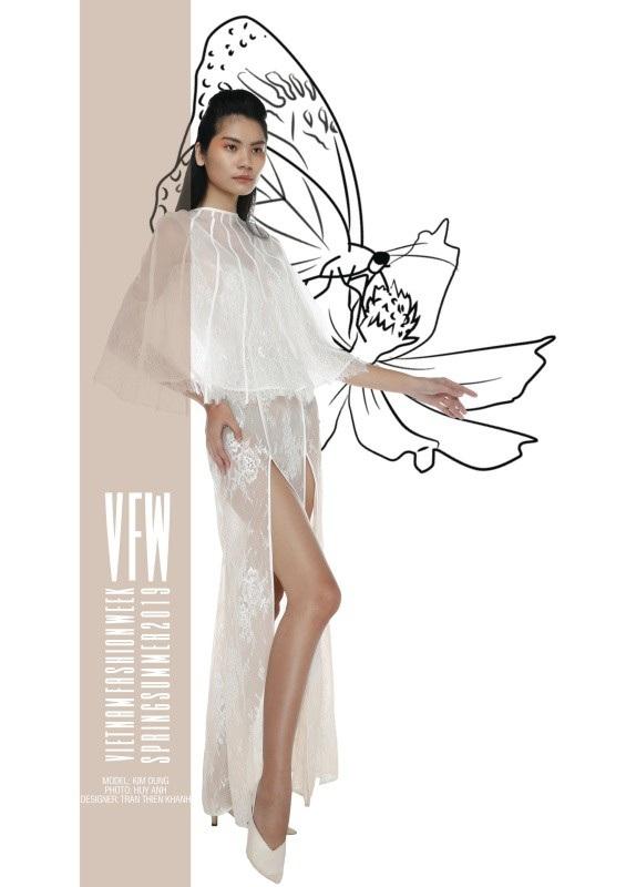 Trang phục của NTK Trần Thiện Khánh.