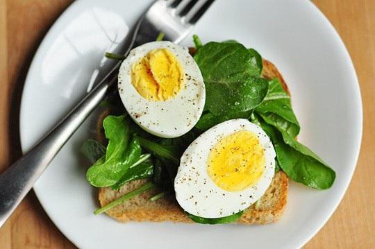 Cholesterol từ thực phẩm có tác động nhỏ đến cholesterol trong cơ thể.