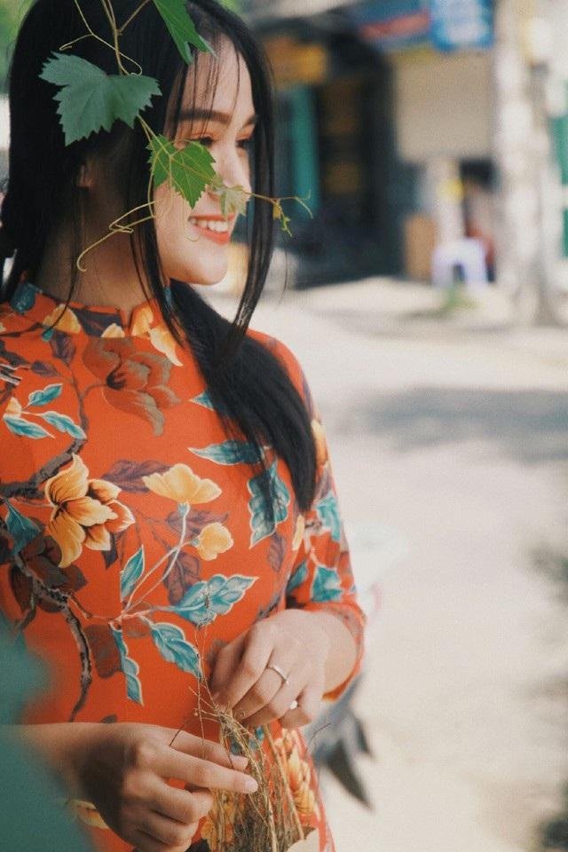 """Nữ sinh Quốc học Vinh """"gây thương nhớ"""" với áo dài đậm chất hoài niệm - 6"""