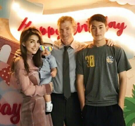 Cậu con trai 1 tuổi của Châu Kiệt Luân và Hannah cũng hiếm hoi được họ chụp hình và chia sẻ hình ảnh trên mạng xã hội.