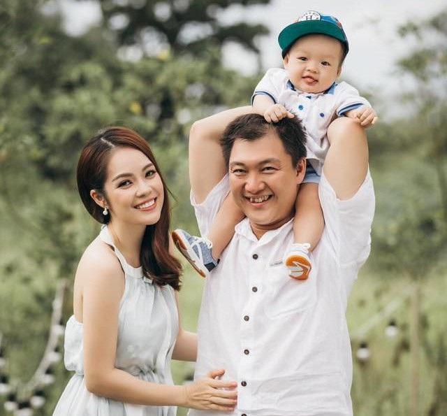 Gia đình Dương Cẩm Lynh thời còn hạnh phúc