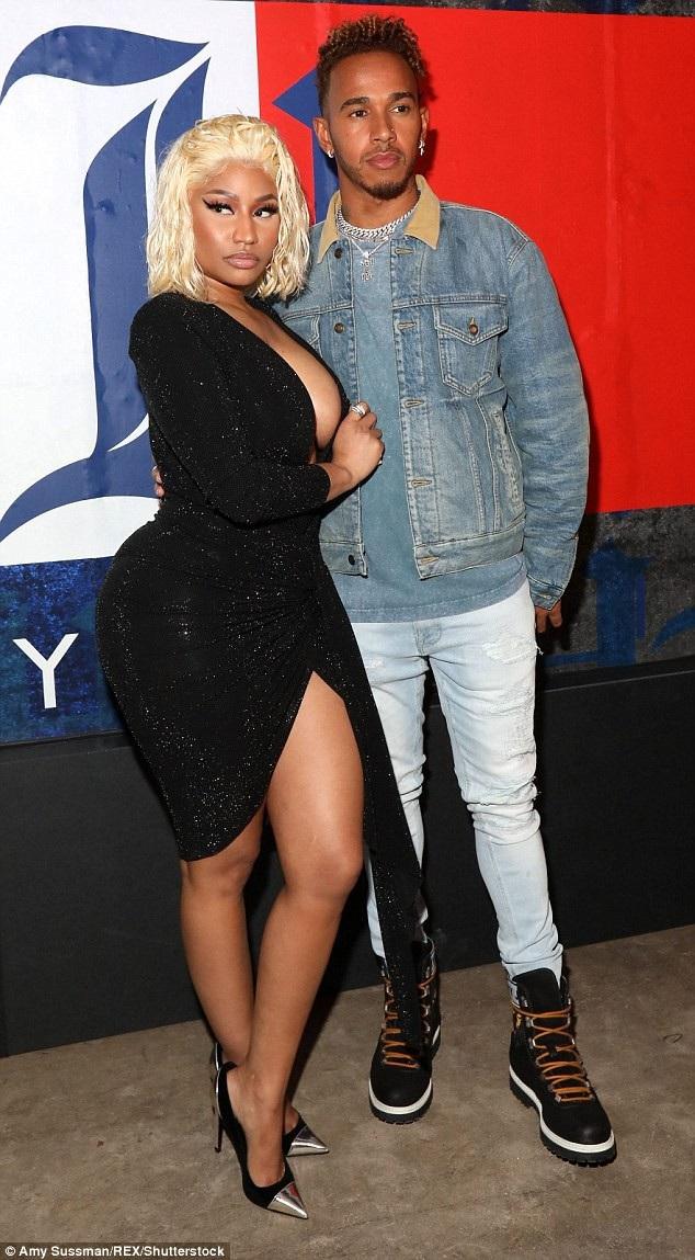 Nicki Minaj thân thiết bên tay đua công thức 1 Lewis Hamilton trong sự kiện thời trang tại New York ngày 10/9 vừa qua