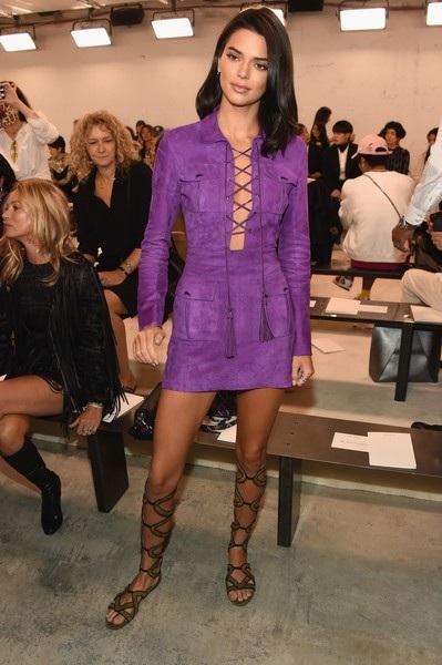 Trước đó Kendall Jenner đã tới xem 1 show diễn của tuần lễ thời trang New York