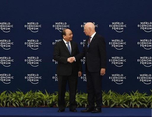 Thủ tướng Nguyễn Xuân Phúc và Chủ tịch WEF Klaus Schwab